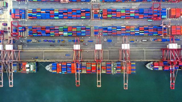 Containerships: Ο στόλος σπάει το φράγμα των 23 εκατ. TEUs