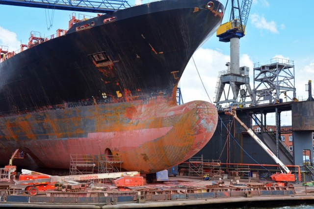 Part timers οι εργαζόμενοι στα γερμανικά ναυπηγεία (;)