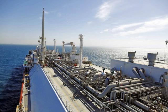 Τριπλό ασιατικό φλερτ με το LNG Canada