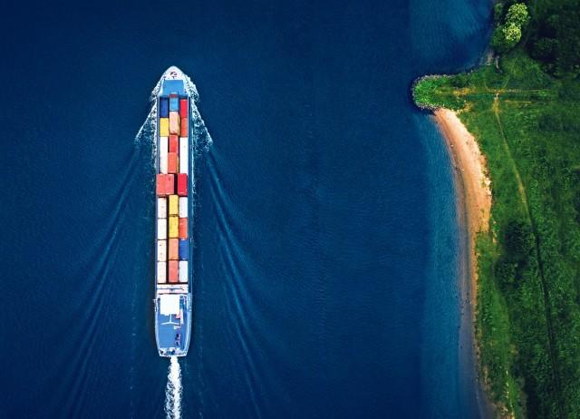 Ο στόλος αυξάνεται-το περιβαλλοντικό αποτύπωμα υποχωρεί