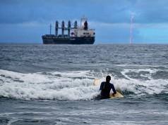 τυφώνας ναυτικοί