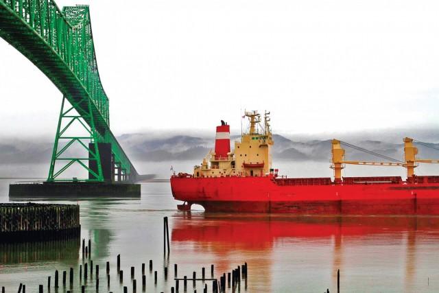 Οι εμπορευματικές ροές σόγιας «Bατερλό» για τα bulk carriers