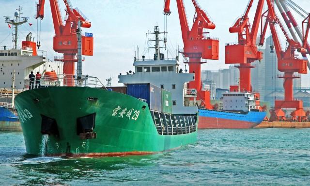 Η ευθύνη των εμπορικών πλοίων για τα πλαστικά απόβλητα των ωκεανών