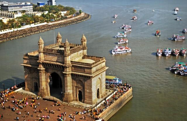 Ινδία: «Stop» στα πλαστικά μιας χρήσης για τα πλοία στα ύδατά της