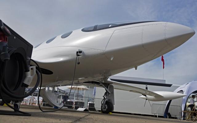 Ένα βήμα πιο κοντά στο ηλεκτρικό αεροπλάνο