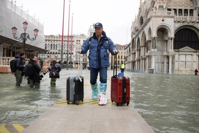Σε κατάσταση φυσικής καταστροφής η Βενετία