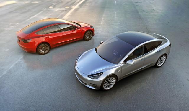 Tesla Model 3: Πλήγμα για την BMW