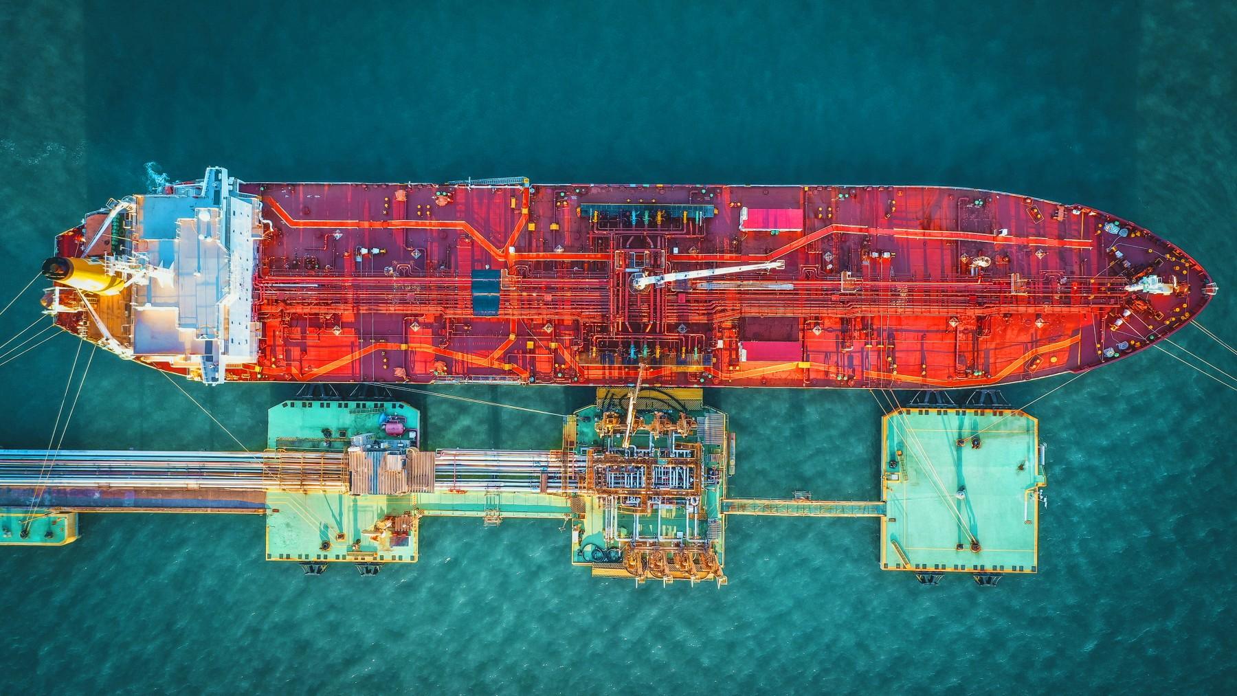 Cosco: Στα σκαριά το πρώτο VLCC κατανάλωσης LNG καυσίμου