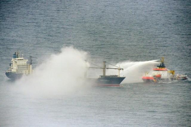 Πυρκαγιά σε υπό ελληνική σημαία πλοίο