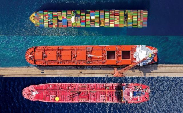 Από μια κλωστή κρεμάμενη η λειτουργία του ΠΟΕ