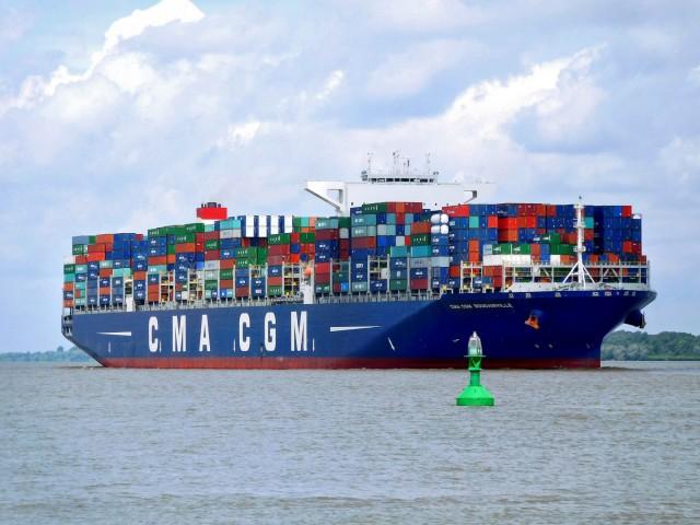 Mega αποεπένδυση της CMA CGM σε δέκα λιμάνια