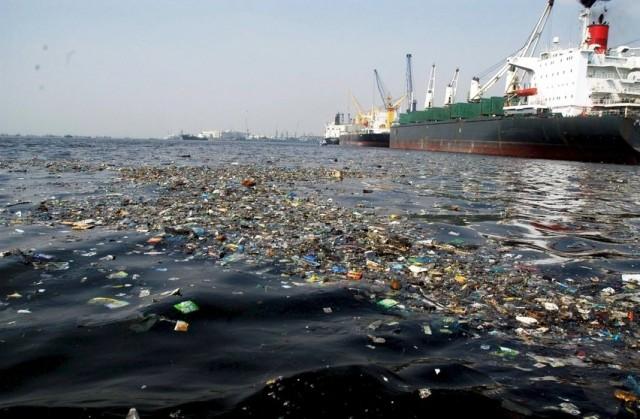 Οι παράνομες απορρίψεις στη θάλασσα στο στόχαστρο της ΙΝΤΕRPOL
