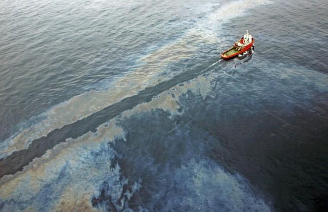 Υπό έλεγχο πετρελαιοκηλίδα στον Ισημερινό