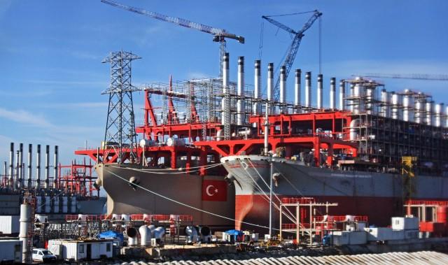 Η ναυπηγική βιομηχανία της Τουρκίας «κλείνει το μάτι» στα πολεμικά πλοία