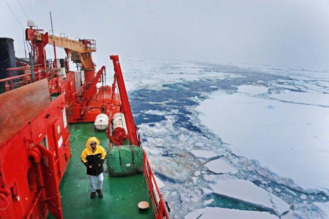 Προς άμεση ανανέωση ο στόλος παγοθραυστικών στη Βόρεια Θάλασσα