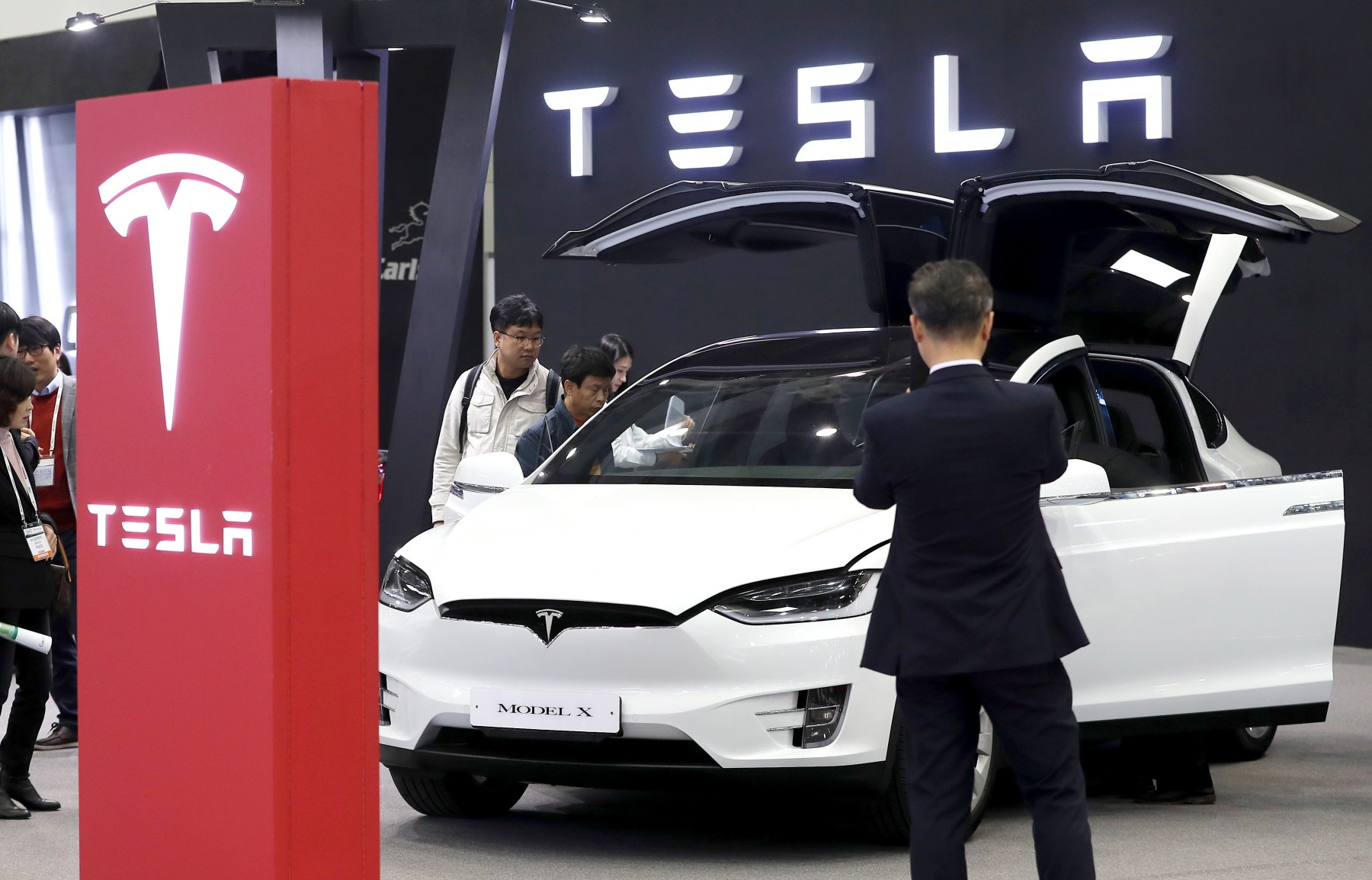 Η Tesla κατακτά την Κίνα