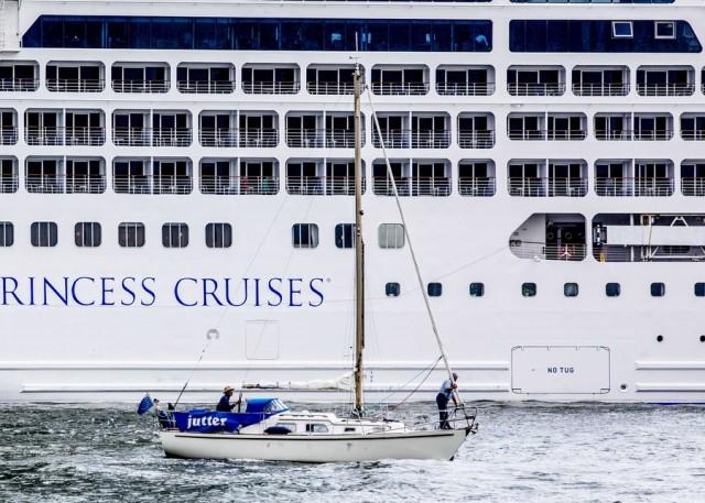 Κορονοϊός: Σε καραντίνα κρουαζιερόπλοιο με 3.711 επιβάτες