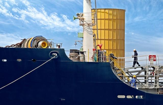 Συμπτώματα κορονοϊού σε ναυτικούς δεξαμενόπλοιου
