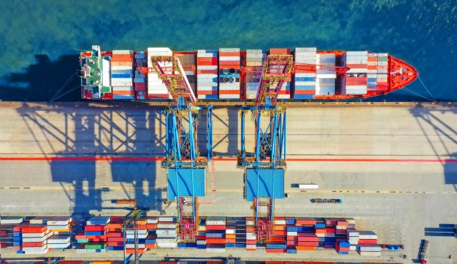 Νέο joint venture στα containers με τις ευλογίες της ΕΕ