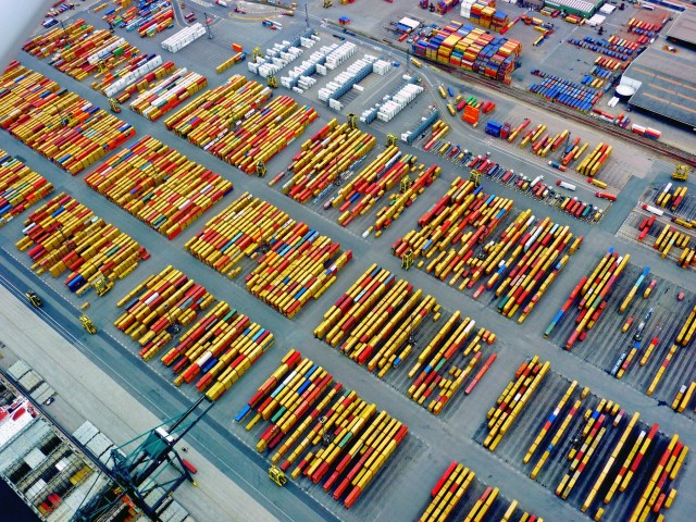 Ινδία: Πρόσω ολοταχώς για το μεγαλύτερο λιμάνι εμπορευματοκιβωτίων