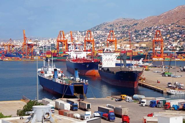 Σε ιστορικά υψηλά επίπεδα οι ελληνικές εξαγωγές το 2020