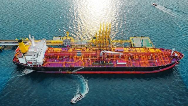 Κορονοϊός: Στα πλοία για τηναποθήκευση αργού στρέφονται μεγάλοι traders