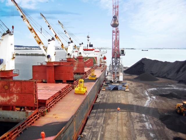 Άνθρακας: Μέσω Καναδά οι αμερικανικές εξαγωγές προς Ασία