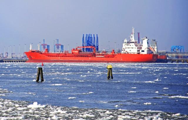 Σουηδία: Κάμψη στις εισαγωγές ρωσικού πετρελαίου