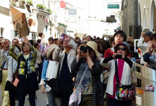 Covid-19: Πλήγμα στην τουριστική βιομηχανία