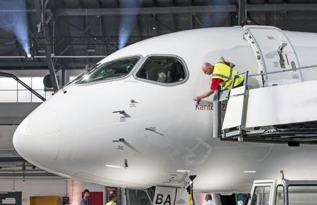 Bombardier: Εγκαταλείπει την εμπορική αεροπορική βιομηχανία