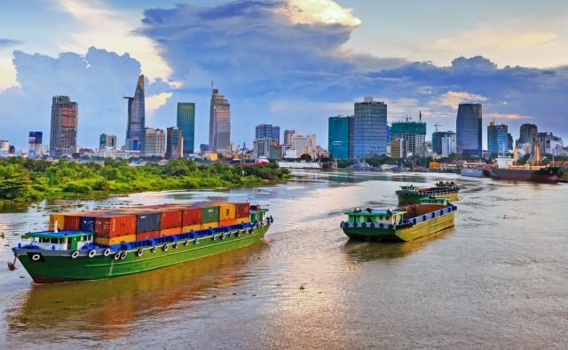 Ώθηση της εξαγωγικής δραστηριότητας από το Ανόι