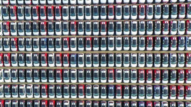 Πτώση πωλήσεων στην ευρωπαϊκή αυτοκινητοβιομηχανία