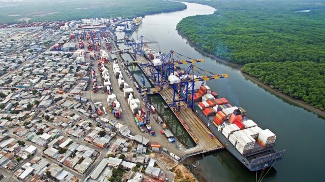 Η Ινδία προσβλέπει σε αύξηση του θαλάσσιου εμπορίου