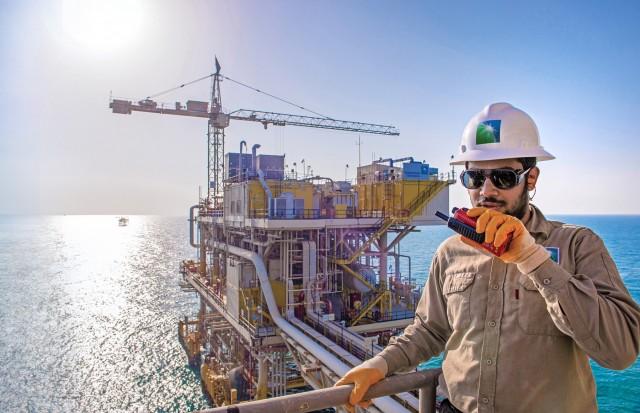 SaudiAramco: Πρωτοφανής μείωση της μετοχής της