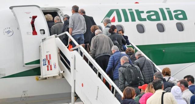 Αναστολή όλων των πτήσεων μεταξύ Ελλάδας και Βόρειας Ιταλίας