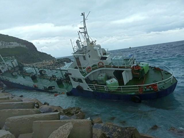 Προσάραξη δεξαμενόπλοιου με αλλοδαπούς επιβαίνοντες στην Κέα