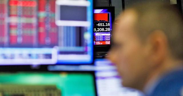 Σε ελεύθερη πτώση οι χρηματιστηριακές αγορές