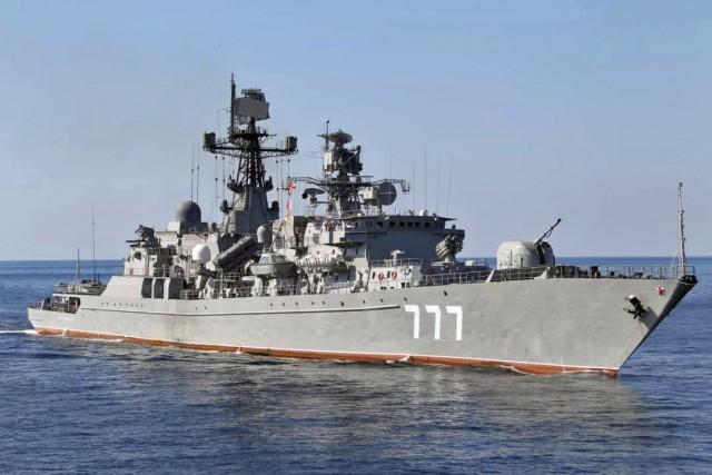 Σύγκρουση κρουαζιερόπλοιου με πλοίο του ΠΝ της Βενεζουέλας