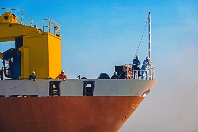 Σε «καραντίνα» πλοίο στην Ακτή Ελεφαντοστού