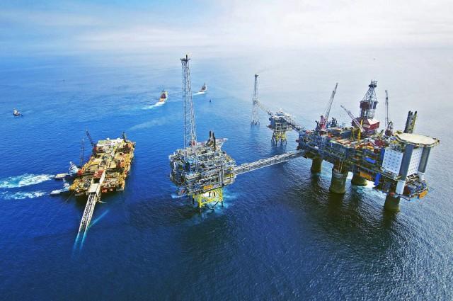 Lukoil: Μείωση της παραγωγής πετρελαίου κατά 18%