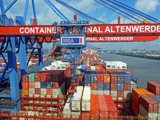 Σε «ελεύθερη πτώση» οι προσδοκίες για τις γερμανικές εξαγωγές