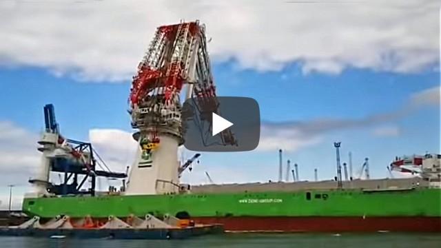 Γερανός πλοίου κατέρρευσε στη Γερμανία