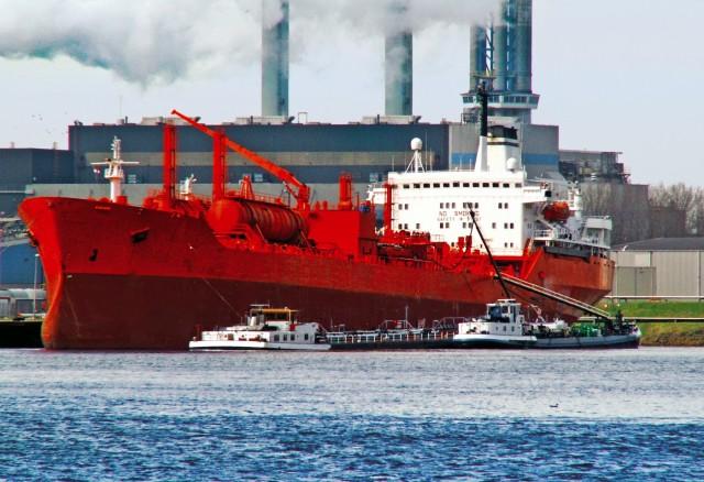 Σε αναζήτηση πυξίδας τα chemical tankers