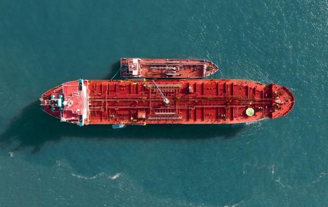 Πτώση της ζήτησης για ναυτιλιακά καύσιμα