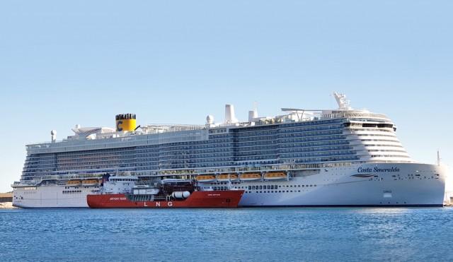 Ο πρώτος ανεφοδιασμός LNG ship-to-ship στη Γαλλία
