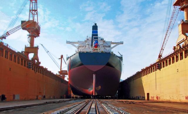 Η Ιαπωνία στηρίζει τα ναυπηγεία της