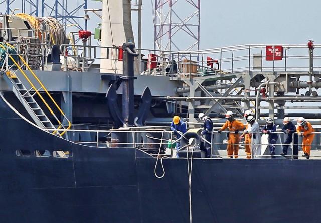 Η ευρύτερη ναυτιλία συστρατεύεται για τους ναυτικούς