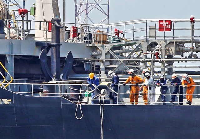 Η ασφάλεια των ναυτικών και η φυσική επαφή με το προσωπικό ξηράς