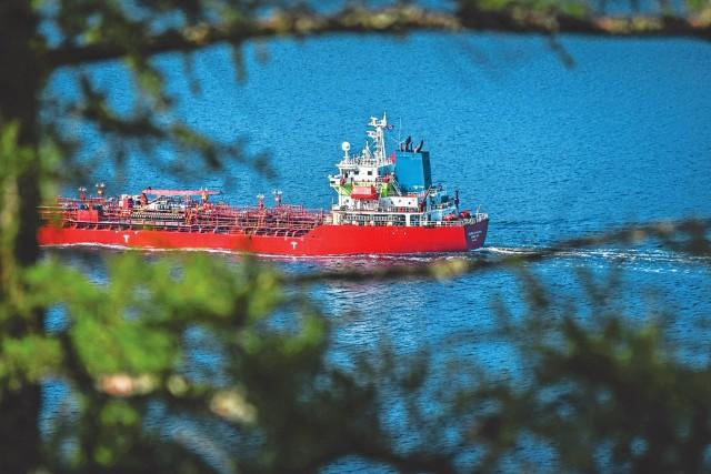 Επέκταση της Vitol στα ναυτιλιακά καύσιμα