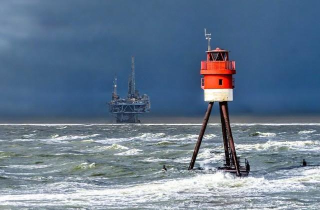 Ο κυκλώνας Λόρα σαρώνει τον Κόλπο του Μεξικού
